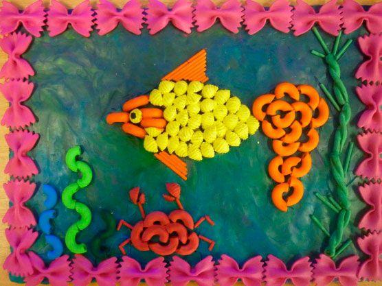 акваріум з макаронів
