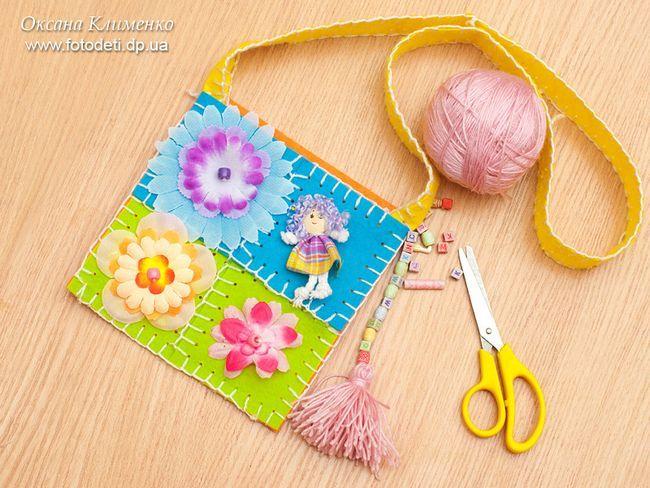 Декоративна сумочка для маленької модниці.