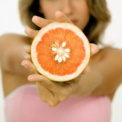 грейпфрутовий маски для жирної і проблемної шкіри