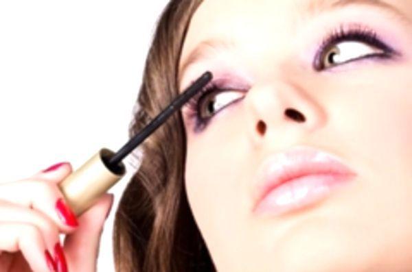 Мистецтво прикрашати себе: про косметику