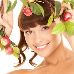Натуральні маски для молодості і краси