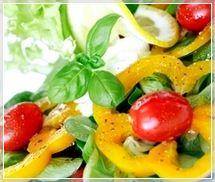 Низькокалорійні заправки для літніх салатів. Частина 1
