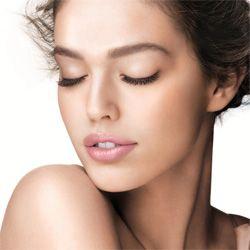 Омолоджуюча косметика для шкіри обличчя