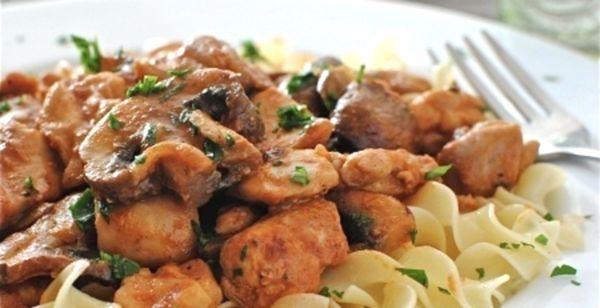 Паста з куркою і грибами: італійське насолоду