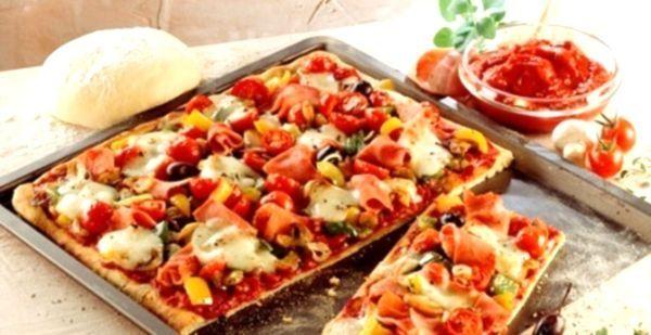Піца: рецепт з ковбасою, з куркою, з фаршем, піца асорті