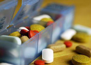 Полівітаміни: наскільки їх прийом безпечний для здоров`я?