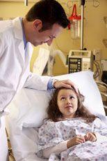 Дитина в лікарні: на що мають право батьки