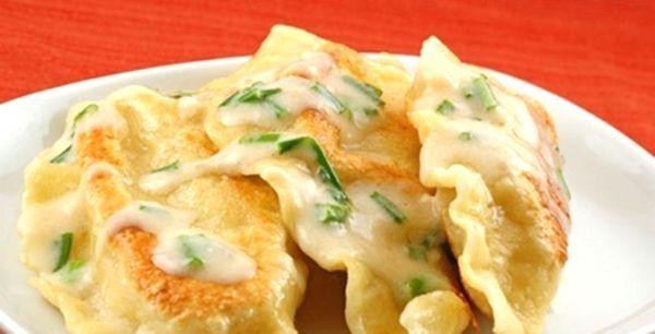 Вареники з сирою картоплею - дуже смачно і дуже економно